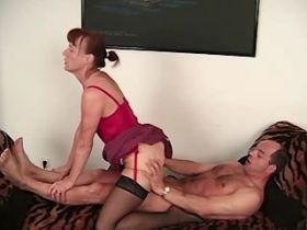 Elder mature has hard fuck and gets cumshot on tits