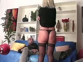 Blonde aged mature sucks with pleasure and licks ass